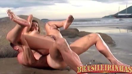 Vitor Gaúcho pegou a loira safada sem dó e meteu muito!