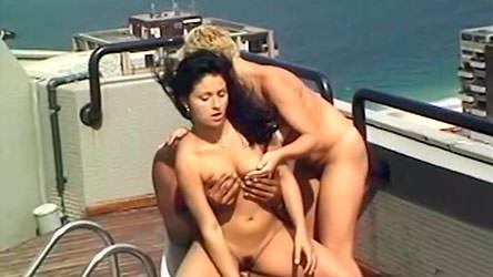 Rafaela e Sheila encarou um negão bem dotado em ménage!